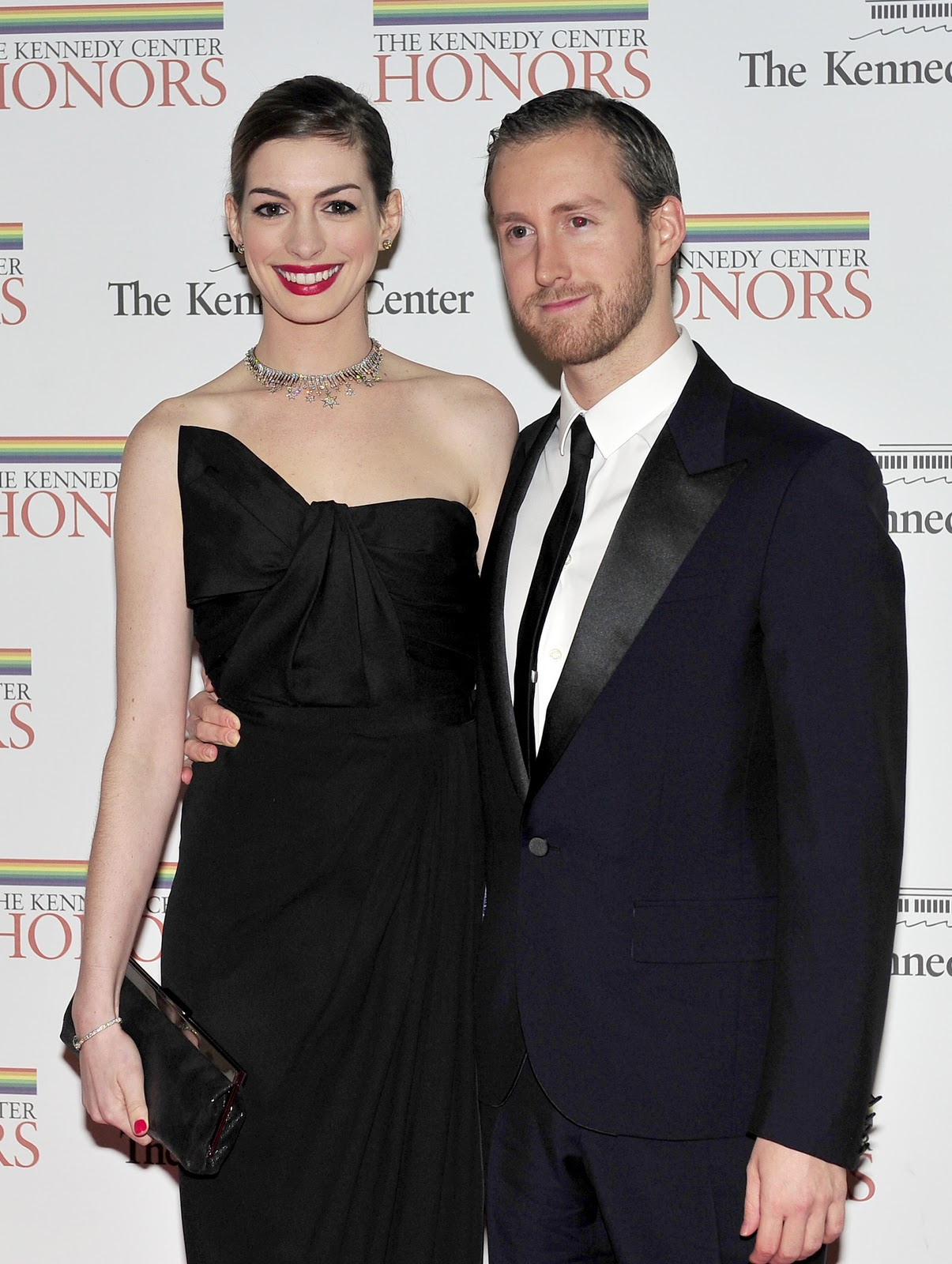 Anne Hathaway Husband Net Worth Son Family and Quick Facts