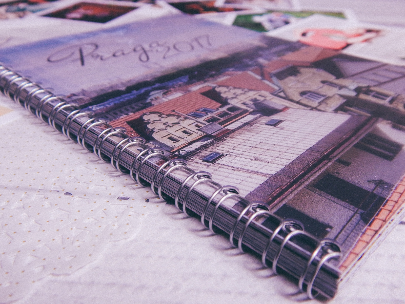 9 fotozeszyt saal digital zeszyt na zdjęcia a5 na sprężynie fotoksiązka photobook recenzja test fotozeszytu tanie wywoływanie zdjęć online melodylaniella polaroidy