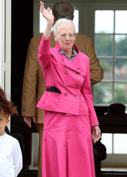 Crown Princess Mary, Crown Prince Frederik, Princess Josephine, Prince Christian, Princess Isabella, Prince Vincent