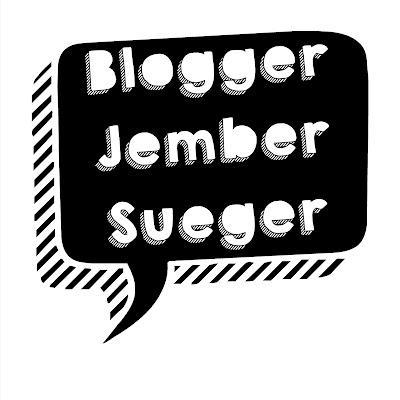 Blogger Jjmber