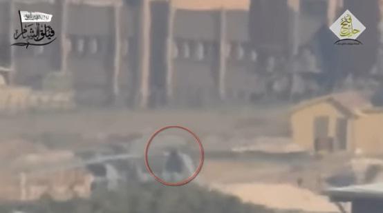 Video: Helikopter Rezim Syiah Assad Hancur di Hantam Roket Pejuang Suriah