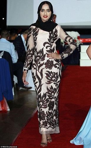 Peserta kontes kecantikan di Inggris, Sara Iftekhar