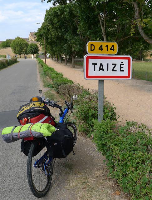 De Paris à Narbonne en vélo, Taizé