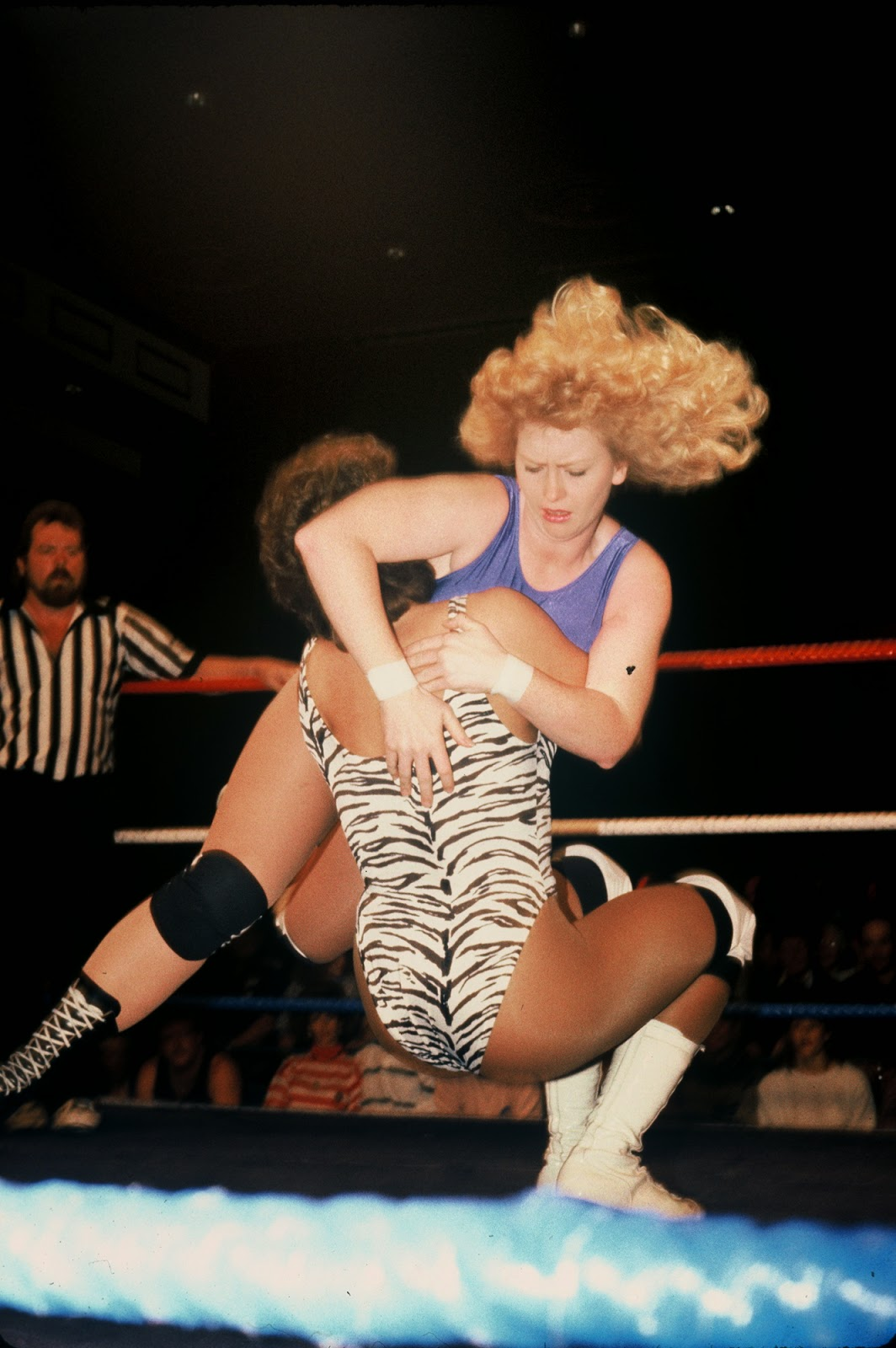 Allison Royal vs Denise Storm