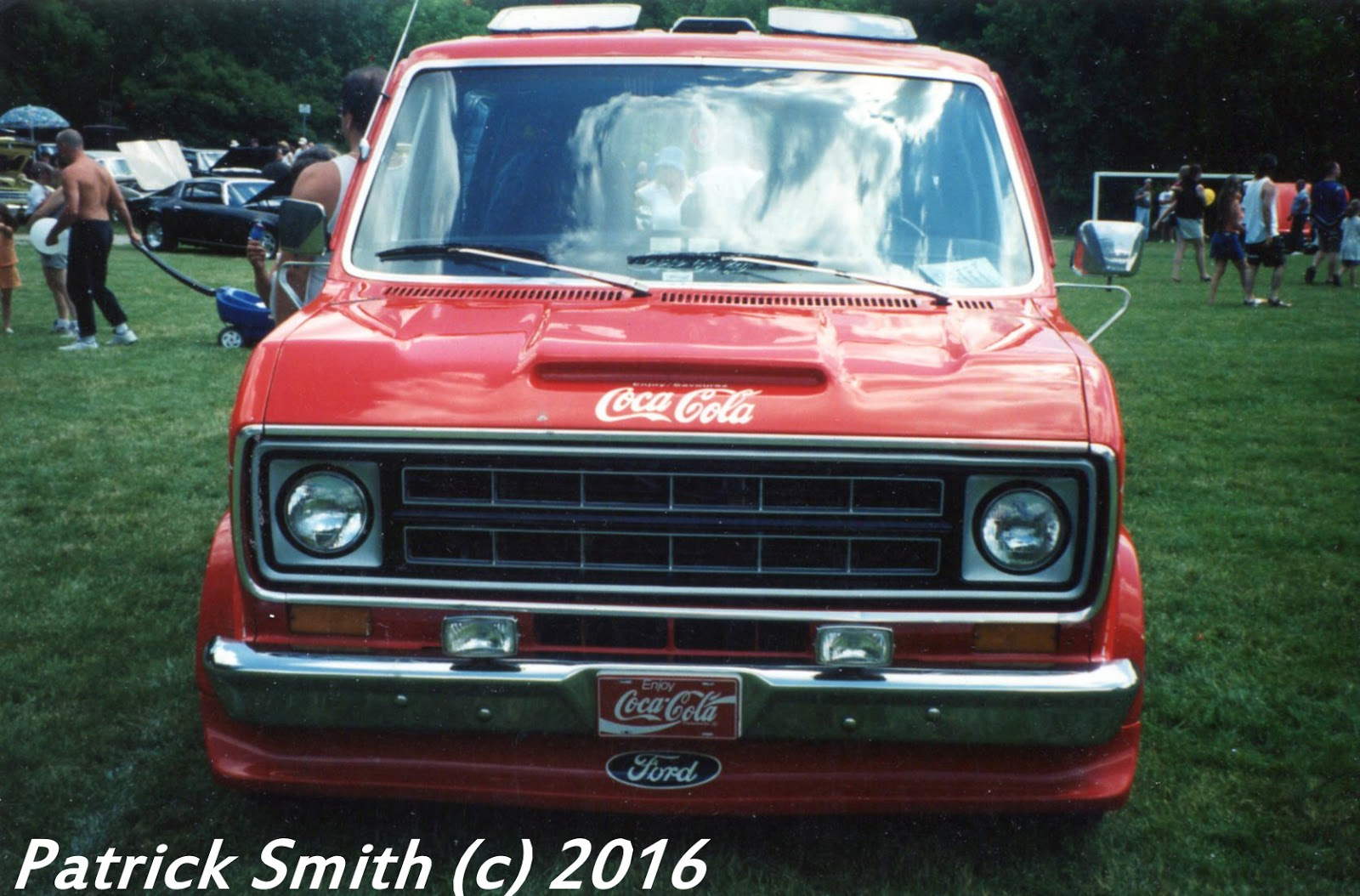 1977 Denimachine Ford Econoline Van Phscollectorcarworld 1967 Vw Beetle Simple Wiring Diagram Coca Cola Levis And Were The Big Players Behind This Promo Hence Red White Blue Nature Of It Only Missed Usas Bicentennial By