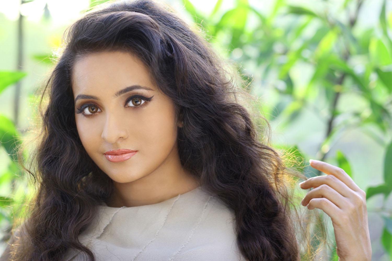 Bhama Photoshoot Stills - South Indian Actress-4997