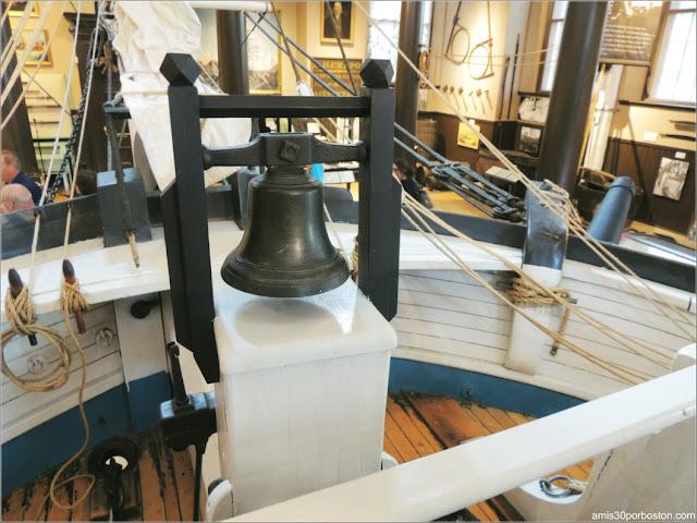 A Bordo del Lagoda en el Museo de Ballenas de New Bedford, Massachusetts