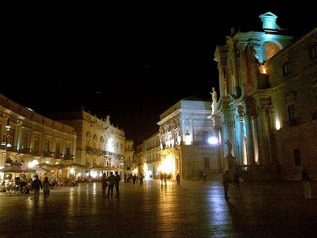 Paseo nocturno por Palermo