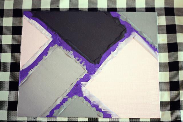 schilderij met stukken tape