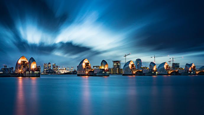 Wallpaper: Thames Barrier in London