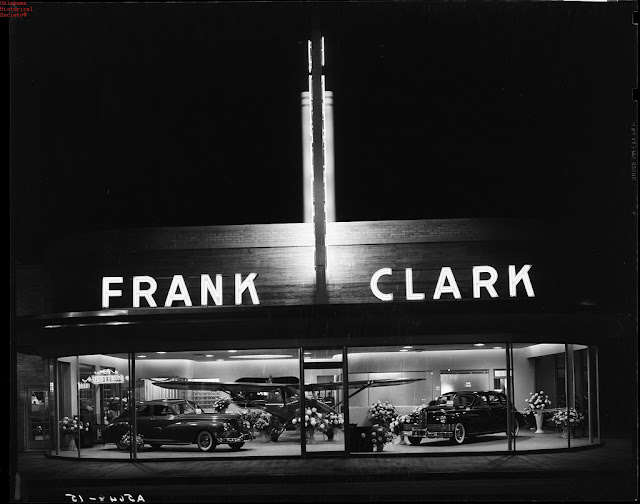 31 vintage photos of downtown oklahoma city in the 1940s for Frank motors national city