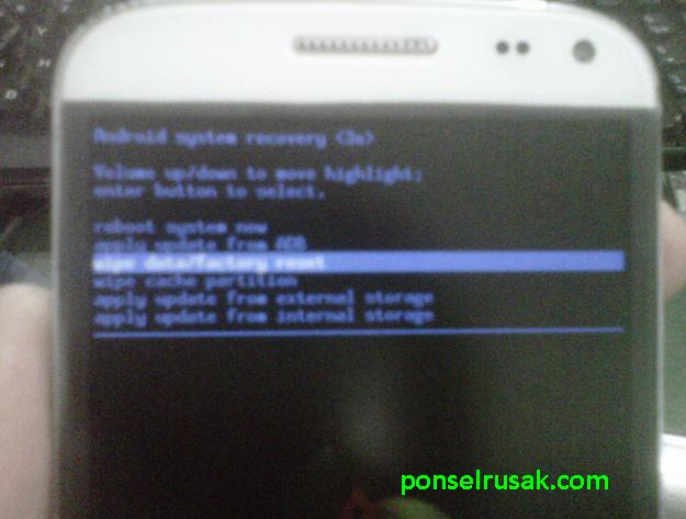 How to hard reset recovery menu s5h advan android.