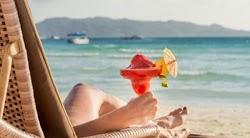 Τιμές… Μυκόνου παρουσιάζουν το φετινό καλοκαίρι πολλές παραλίες της Κρήτης, καθώς σε αρκετές οργανωμένες παραλίες η τιμολογιακή πολιτική έχ...