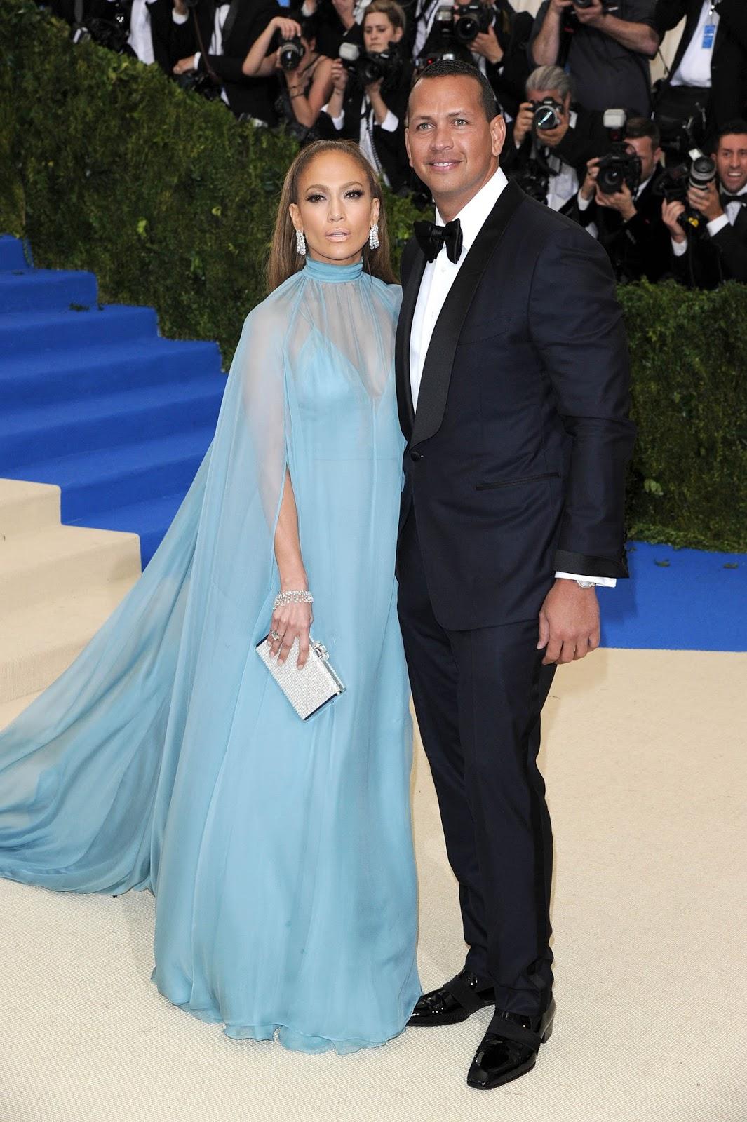 Blue dress emmys 2016 550i