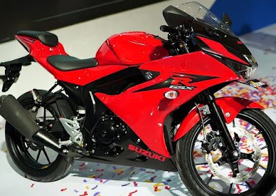 Suzuki GSX-R150 Red color image