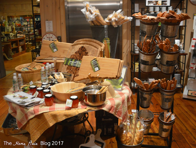 The Cafe at Middlebury Consignment - Culinary Utensils