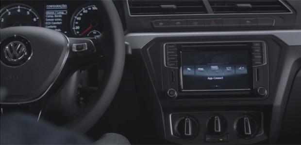 Volkswagen Gol 2017 teve interior reveladom