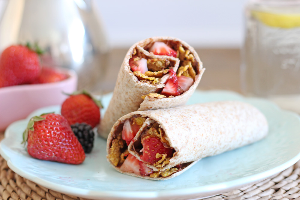 {What's for Breakfast?} Simple and Easy Nutella Breakfast Wrap