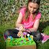 Craft:  Make a Mini Beast, Flower and Bug, Garden Play Scene
