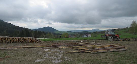 Wschodnia panorama z Przełęczy Rydza-Śmigłego.