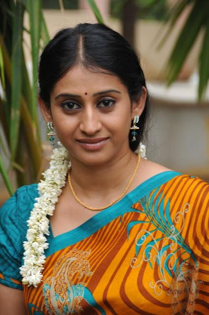 Telugu Tv Serial Actress Meena In Yellow Saree Picture -6301
