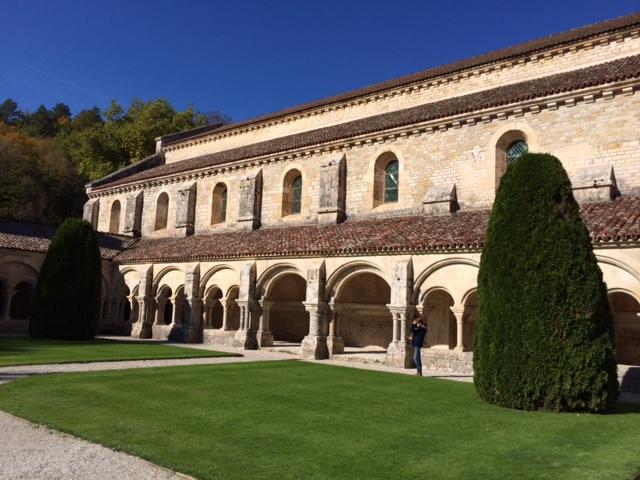 建築巡礼ー9 : ル・トロネ修道院...