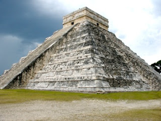 Pyramid built in the Mayan Empire