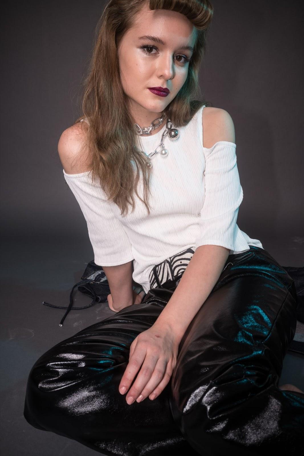 Fashion Shoot of Izabela Vidovic for Flaunt Magazine, November 2017