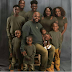 Aww... Check Out This Lovely Family Photo Of Ten People In Matching Outfit