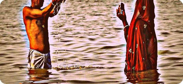 Selfie di Sungai Gangga Berakhir Merenggang Nyawa