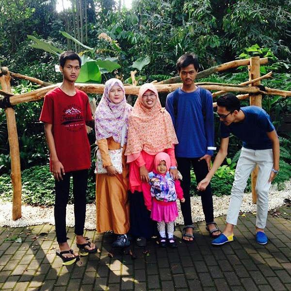 Ada Pertunjukan Teater Satwa di Kebun Binatang Jl Taman Sari Bandung