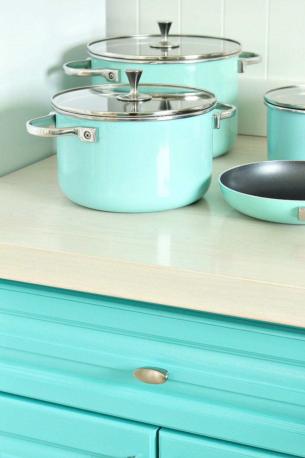 Turquoise Cabinets and Turquoise Pots