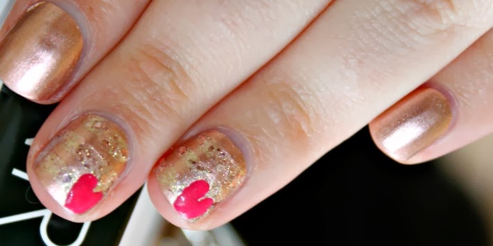 Valentines Day Themed Nail Art