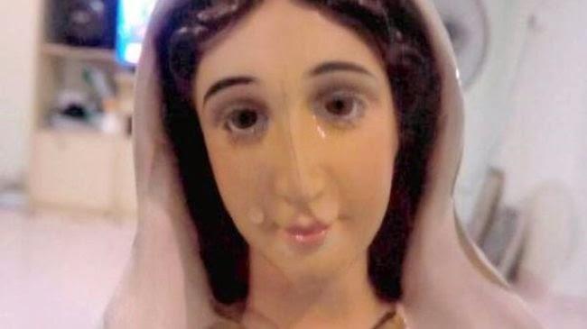 Diberkati Uskup Agung, Patung Bunda Maria Menangis