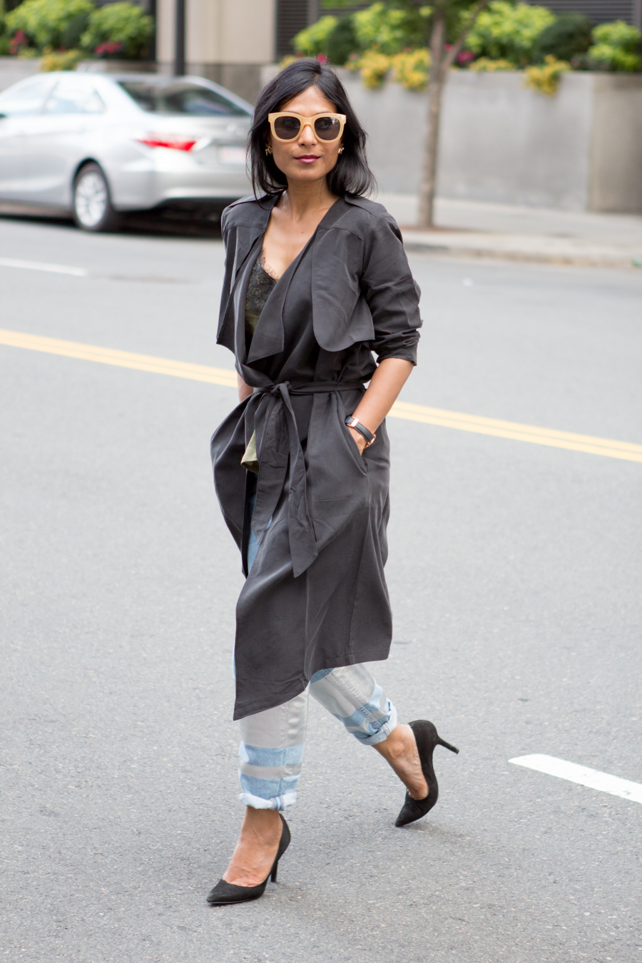 prefall style, pre-fall 2016, petite fashion, leith, nordstrom, draped trench, belted trench, black suede pumps, boyfriend jeans, rebecca minkoff, topshop, transitional style, loft