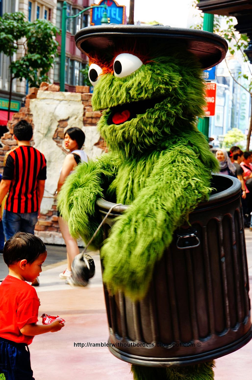 Sesame Street - Oscar the Grouch - in Universal Studios Singapore