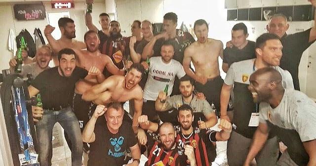 EHF Champions League: Vardar zerlegt Flensburg auf dem Weg ins Final 4