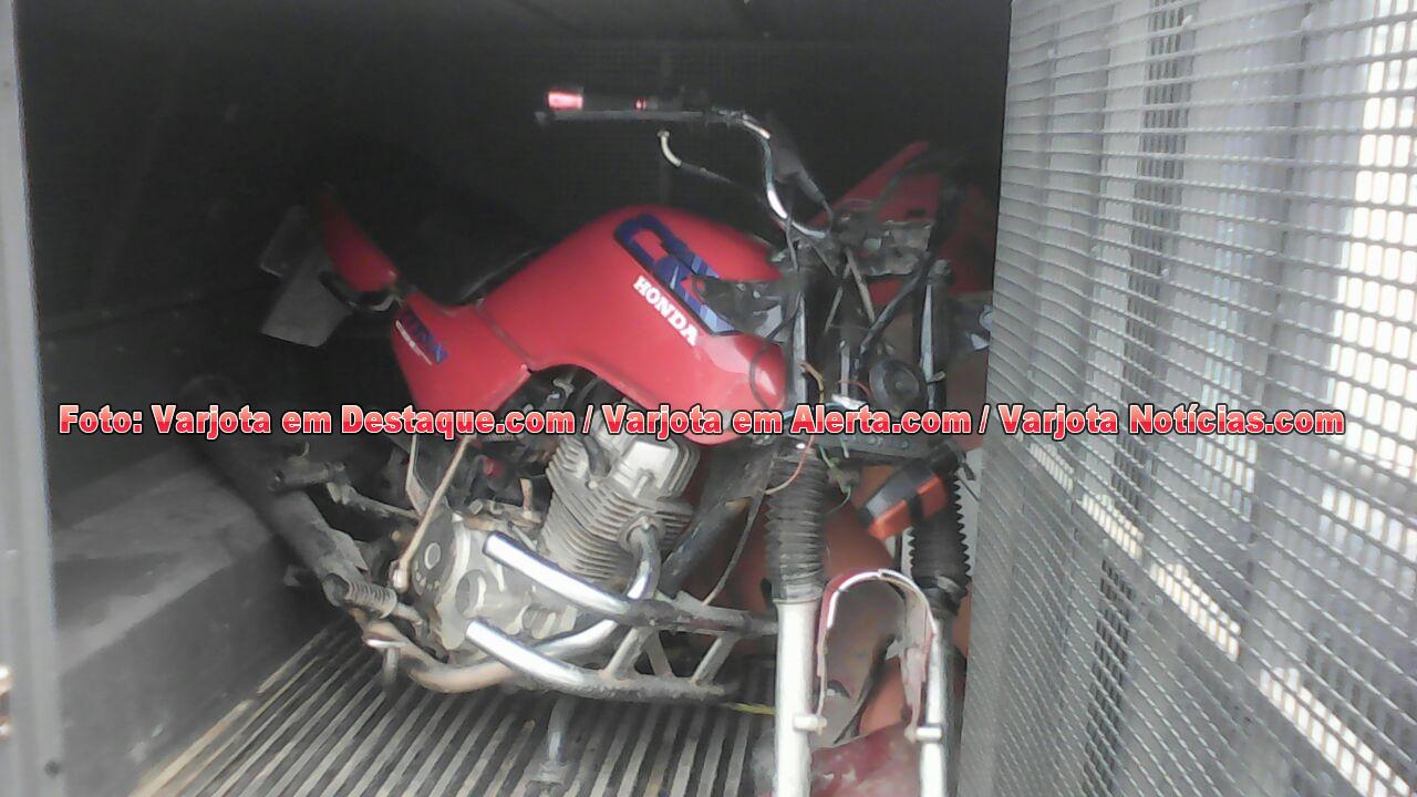 Guarda encontra moto sendo desmanchada