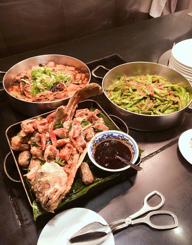A Dinner Buffet at Cafe on the 1st The Excelsior, Hong Kong