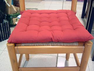 Cuscini rotondi per le sedie bollengo for Sedie per tinello