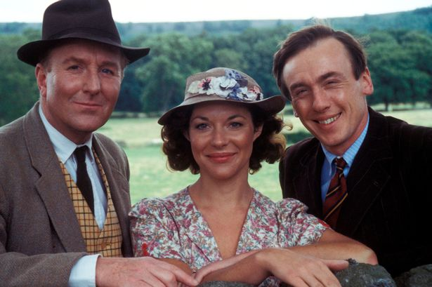 Robert Hardy, Carol Drinkwater, Christopher Timothy