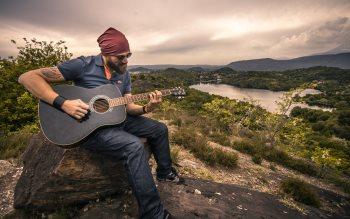 Wallpaper: Guitar Player