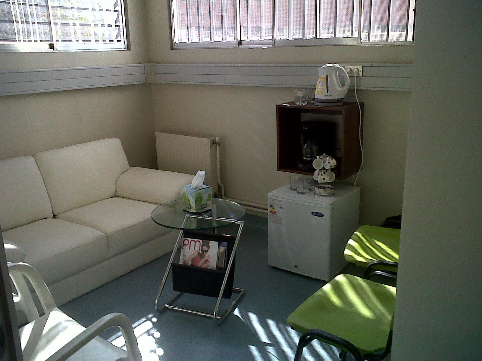 Vivir en otro idioma una mano de pintura for Desarrollar una gran sala de estar