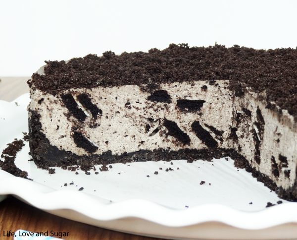 Easy No-Bake Oreo Cheesecake