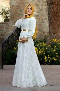 Model Baju Pesta Muslimah Brokat Putih