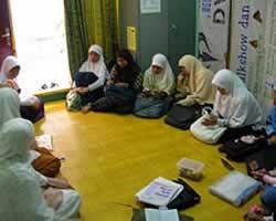 Urgensi Tarbiyah Untuk Muslimah