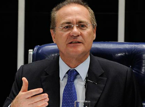 Renan rejeita pedido de julgar Dilma e Temer juntos no Senado