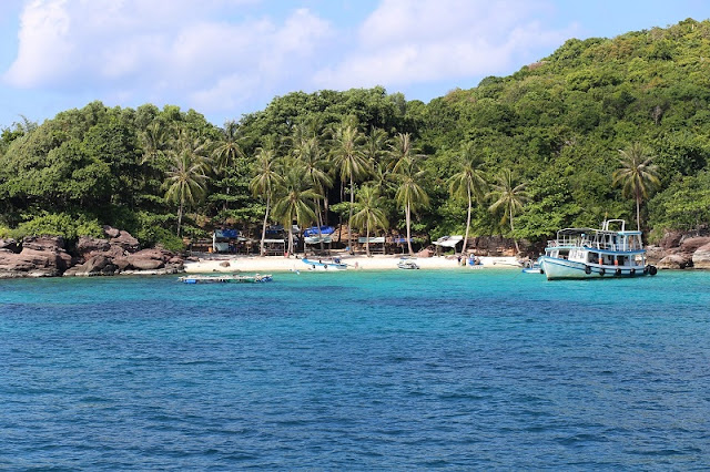 Mong Tay Islet - A Maldives in Vietnam 2