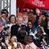 Lula chega a SP com jatinho de Huck fretado de empresa de aviação executiva