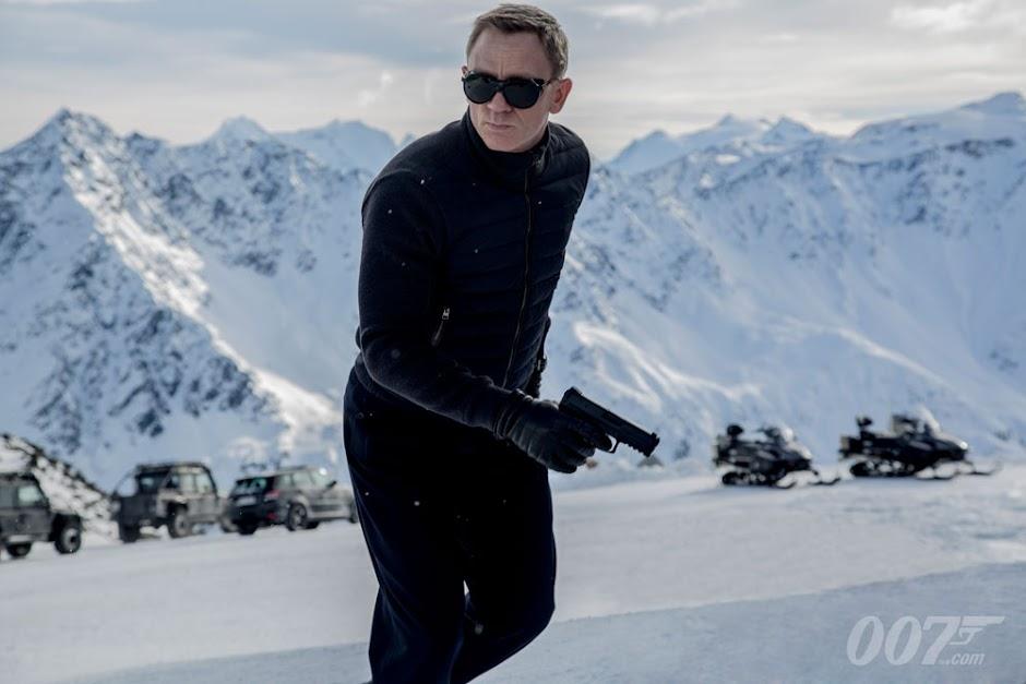 Bond 25 | Lista de diretores se reduz a 3 nomes